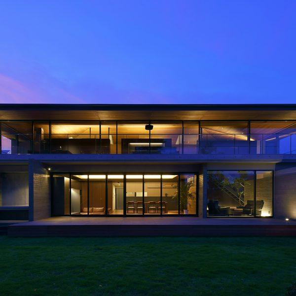 下永谷M邸 二世帯住宅がJapan Architectsに掲載されました。