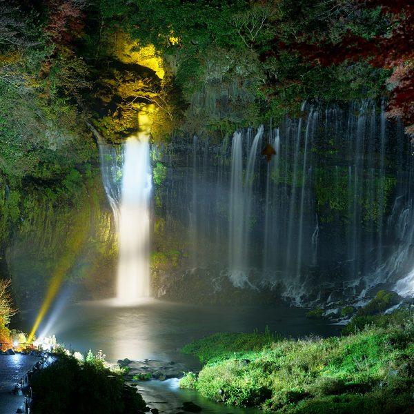 富士宮市 白糸の滝ライトアップ 2020